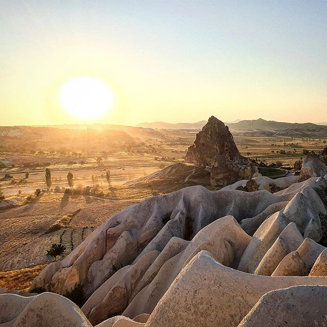 #sunset at #capadokya #Cappadocia heights #turkey #turkiye #natural #formations